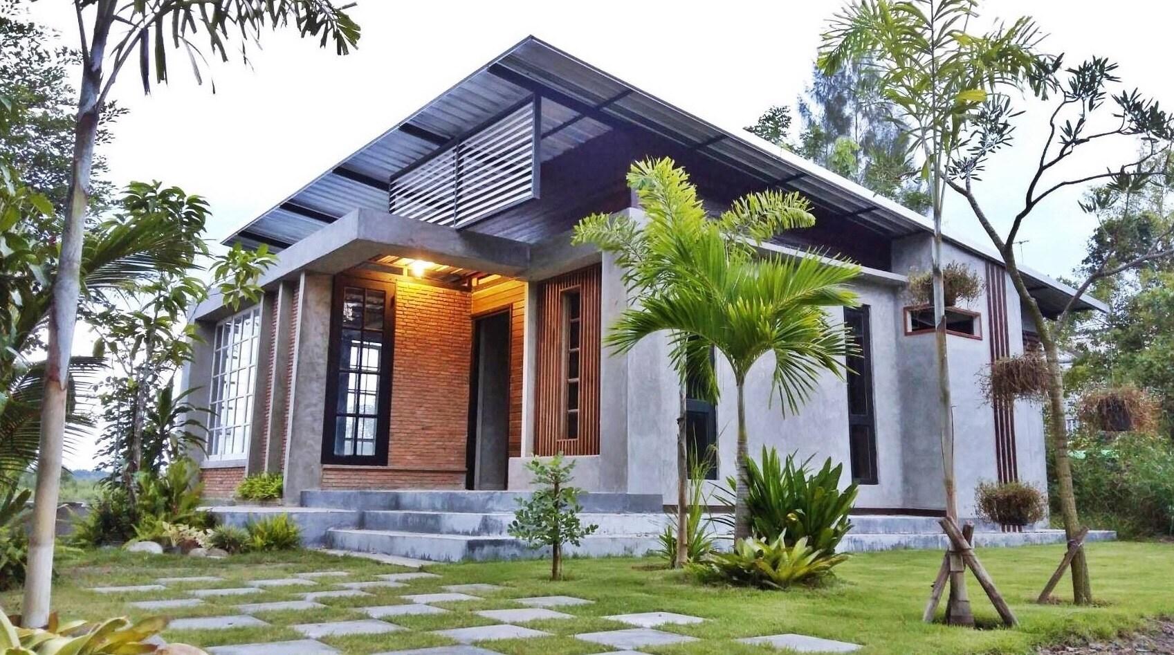 bare cement house decoration